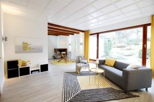 008 Wohnzimmer
