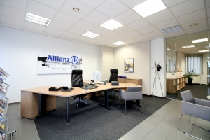 001-Allianz