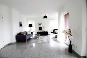 012-Wohnzimmer