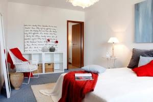 022 Schlafzimmer (Large)